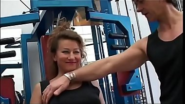 Horny slut Edwige Salerno at the gym try to seduce her trainer