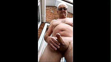 Out Door Wank