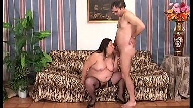 Having hardcore sex with BBW Carmen Busi is almost
