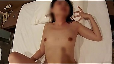 Homemade filming my wife creampie by white stranger