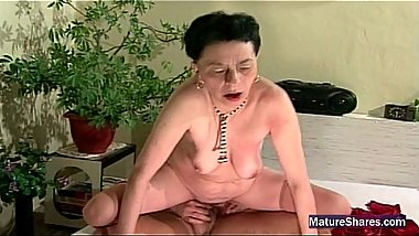 Old Groaning Granny Gets Fucked