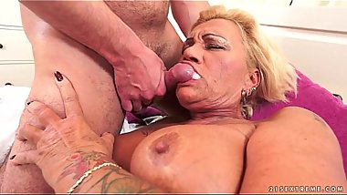 Hairy Granny Pussy Pounded