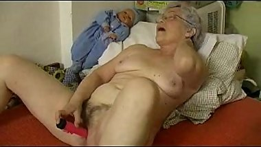 Granny'_s Cute Little Toy