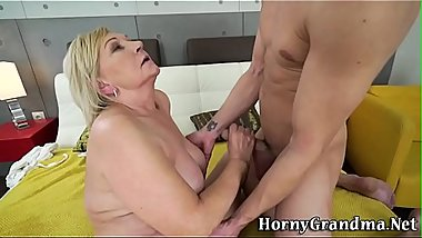 Granny gets pussy banged and bush jizzed